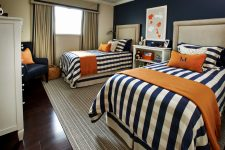 Спальня для мальчиков с двумя кроватями