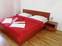 Французская кровать в отеле это