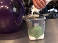 Как сделать лампу из ниток и шарика