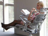 Анатомическое кресло для работы за компьютером